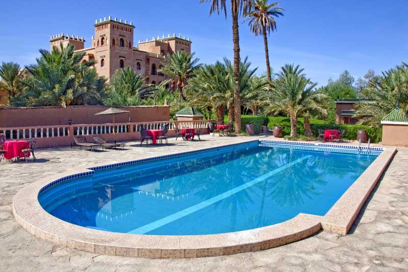 La piscine et le jardin h tel les jardins de ouarzazate for La piscine in english